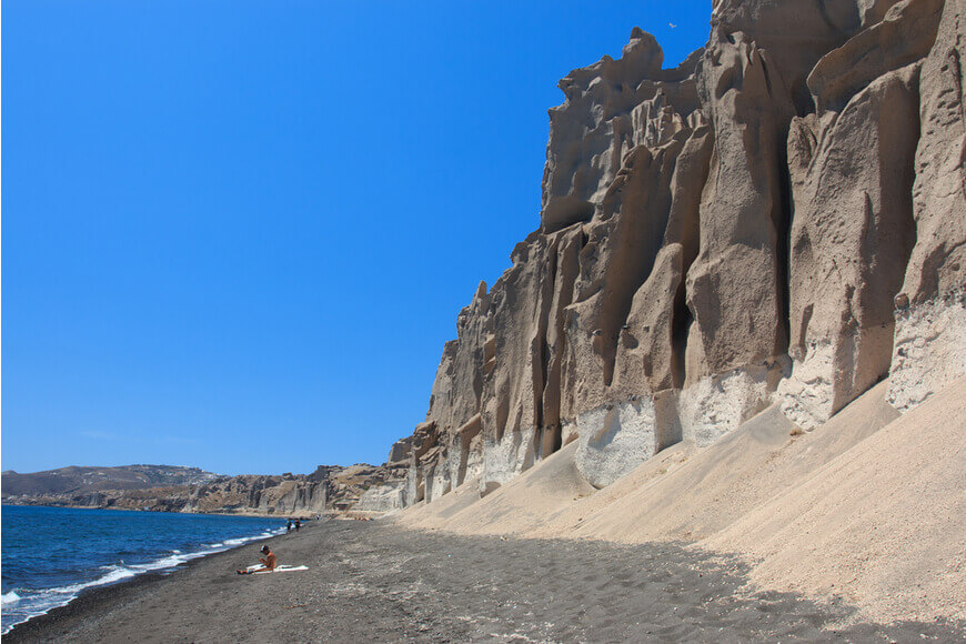 Best Beaches in Santorini The Ultimate Guide for 2019 - Vlychada Beach - Kamari Tours Excursions