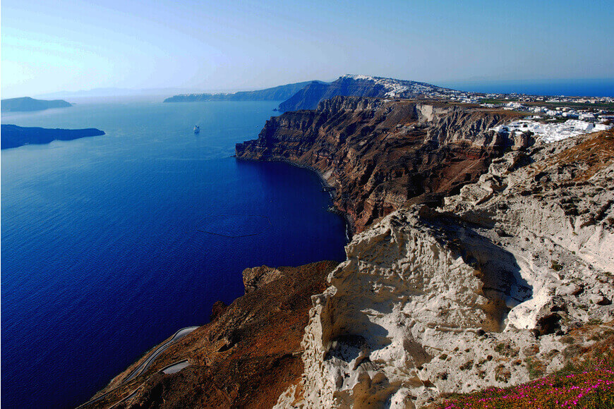 Santorini Honeymoon Best Things to Do & Where to Stay - Discover the best wineries in Santorini - Santorini Gem - Kamari Tours Excursions