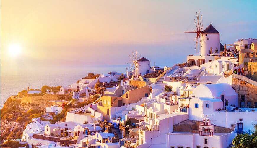Santorini-Honeymoon-Best-Things-to-Do-Where-to-Stay-Kamari-Tours-Excursions
