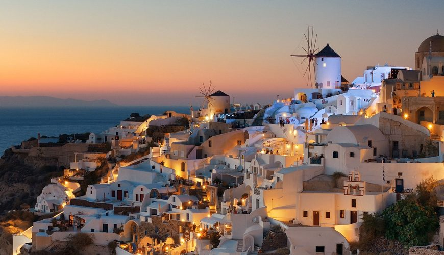 Santorini-Nightlife-Kamari-Tours-Excursions