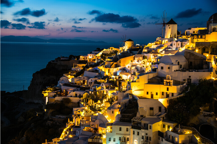 Santorini Nightlife The Best Bars & Nightclubs - Oia Clubs & Bars - Kamari Tours Excursions