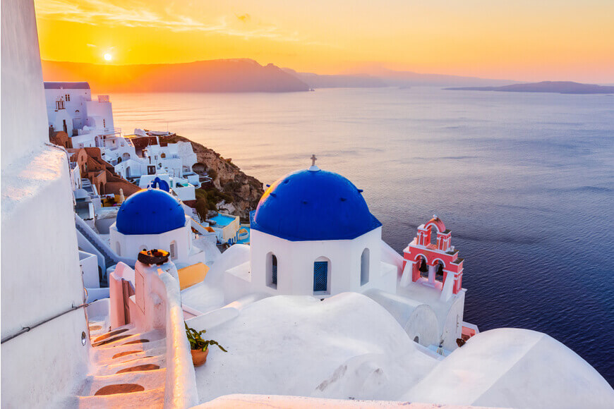 Santorini Sunset The most famous sunset in the world - Oia village - Kamari Tours Excursions