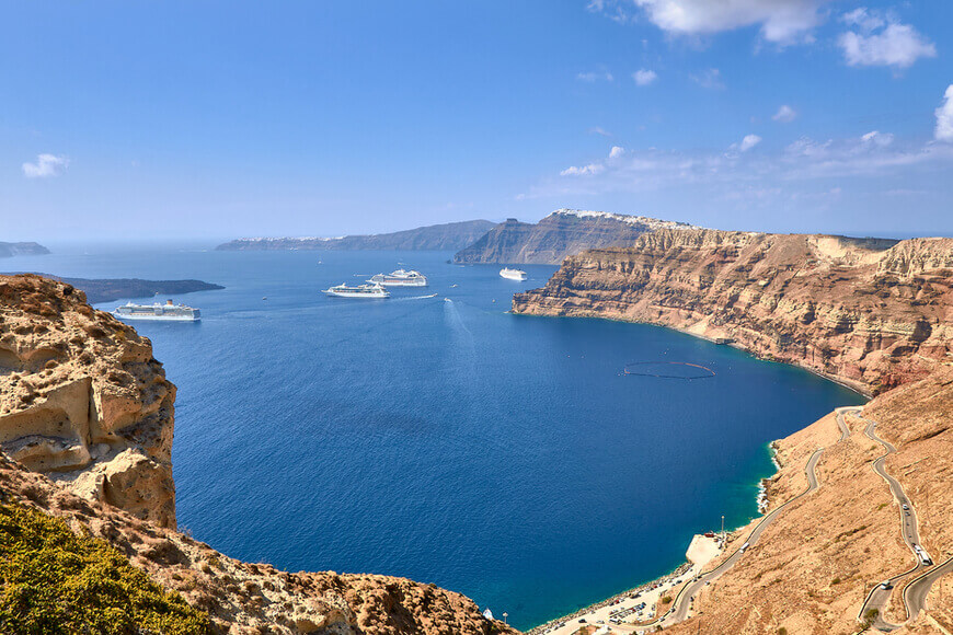 The 7 Best Wineries to Explore in Santorini - Venetsanos Winery - Kamari Tours Excursions